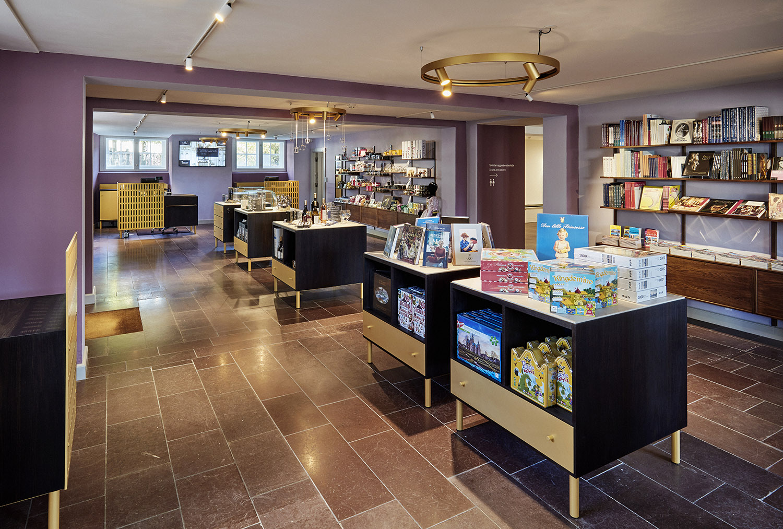 New museum shop at Amalienborg Palace